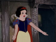 Snow-white-disneyscreencaps.com-1722