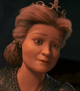 Queen-lillian-shrek-the-third-4.45