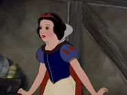 Snow-white-disneyscreencaps.com-1851