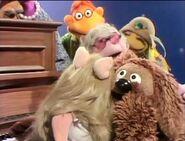 Miss Piggy misses Kermit so much