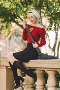 Sabrina cosplay