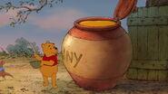 Winnie-the-pooh-disneyscreencaps.com-6036