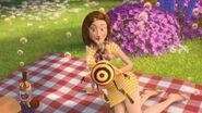 Bee-movie-disneyscreencaps.com-3521