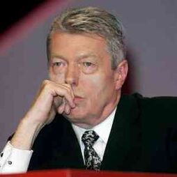 Alan Johnson 1141 18705309 0 0 7008261 300