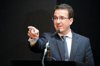 Owen Smith pointing