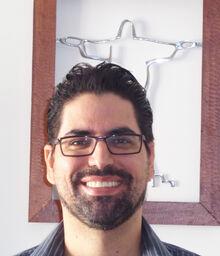Cesar Headshot photograph