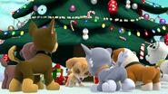 PAW.Patrol.S01E16.Pups.Save.Christmas.720p.WEBRip.x264.AAC 1332965