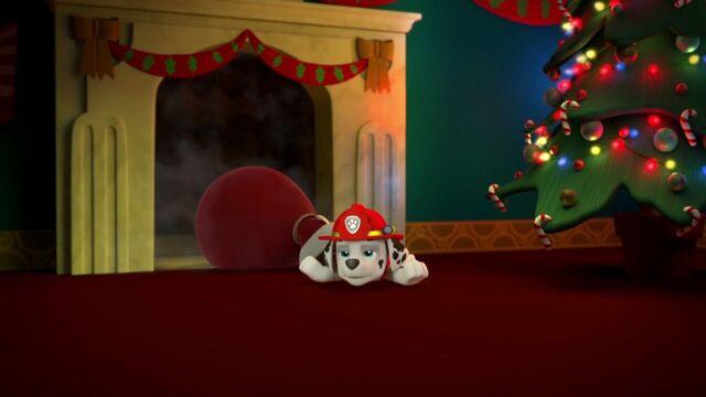 File:PAW.Patrol.S01E16.Pups.Save.Christmas.720p.WEBRip.x264.AAC 903002.jpg