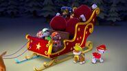 PAW.Patrol.S01E16.Pups.Save.Christmas.720p.WEBRip.x264.AAC 1212678