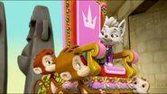 Royal Throne 61
