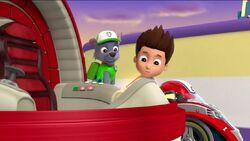 PAW Patrol Monkey-naut Scene 6