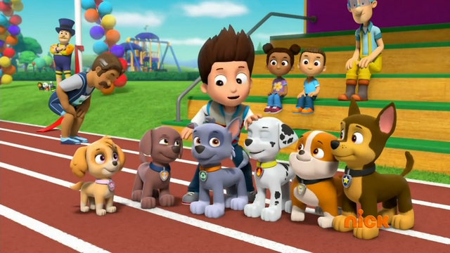 File:Mayor's Race (Ryder petting Pups.png