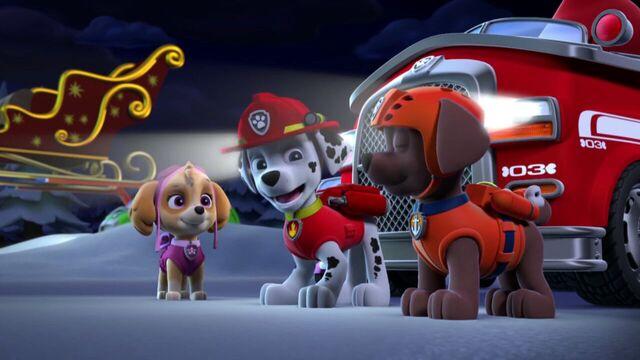 File:PAW.Patrol.S01E16.Pups.Save.Christmas.720p.WEBRip.x264.AAC 785952.jpg