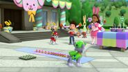 PAW.Patrol.S01E21.Pups.Save.the.Easter.Egg.Hunt.720p.WEBRip.x264.AAC 572305