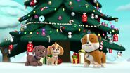 PAW.Patrol.S01E16.Pups.Save.Christmas.720p.WEBRip.x264.AAC 1327326