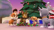 PAW.Patrol.S01E16.Pups.Save.Christmas.720p.WEBRip.x264.AAC 132899