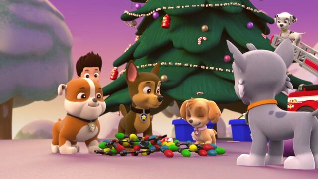 File:PAW.Patrol.S01E16.Pups.Save.Christmas.720p.WEBRip.x264.AAC 132899.jpg