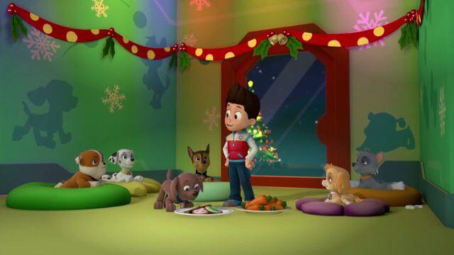 File:PAW.Patrol.S01E16.Pups.Save.Christmas.720p.WEBRip.x264.AAC 273607.jpg