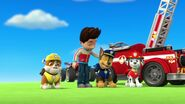 PAW.Patrol.S01E21.Pups.Save.the.Easter.Egg.Hunt.720p.WEBRip.x264.AAC 1187386