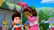 PAW.Patrol.S01E21.Pups.Save.the.Easter.Egg.Hunt.720p.WEBRip.x264.AAC 683349