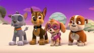 PAW.Patrol.S01E16.Pups.Save.Christmas.720p.WEBRip.x264.AAC 171104