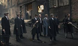 Peaky-Blinders-gang-lined-010