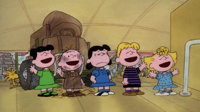 File:Bon Voyage, Charlie Brown (1).JPG