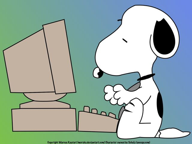 File:Snoopy and a computer.jpg