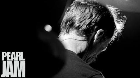 "Matt Cameron Drums To ""Mind Your Manners"" (Vignette) - Lightning Bolt - Pearl Jam"