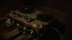 POI 0513 Tape Recorder
