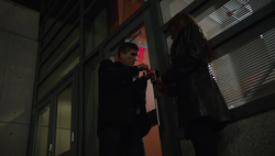 1x06 - Breaking in