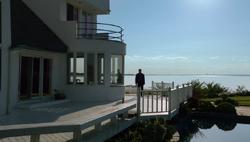 1x04 - Rental home