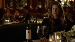 1x06 - Zoe waiting