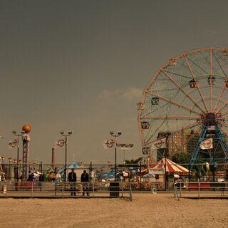 Luna Park <span style=