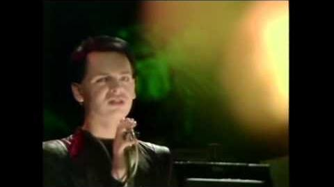 Tubeway Army - Are friends electric Top of The Pops 1979
