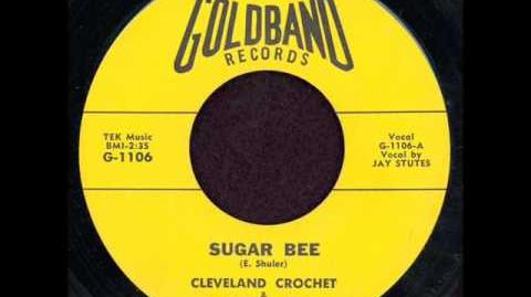 CLEVELAND CROCHET SUGAR BEE