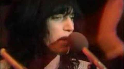 Patti Smith - Horses & Hey Joe, Old Grey Whistle Test (1976)