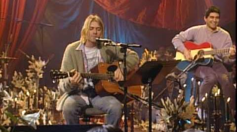 Nirvana - About A Girl (MTV Unplugged)