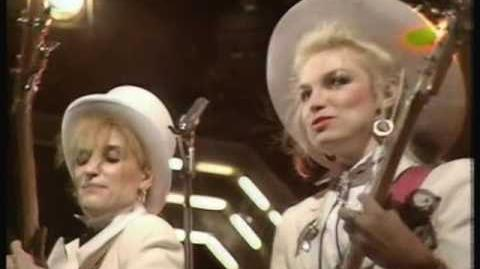 1983 TOTP - Sign Of The Times - The Belle Stars