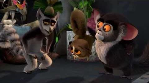 Mort has a problem. (All hail King Julien)-(HD)