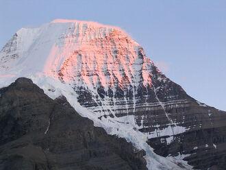 Mount Robson (Sunset)