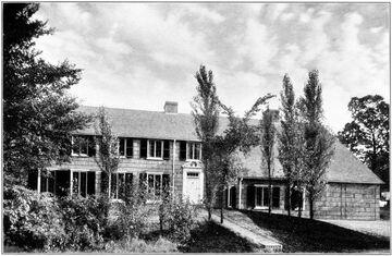 92 Dell Place Glencoe
