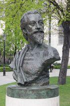 Bust of John Donne (14074586548)