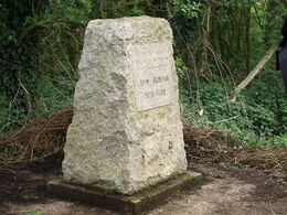 John Bunyans Birthplace - geograph.org.uk - 1249473