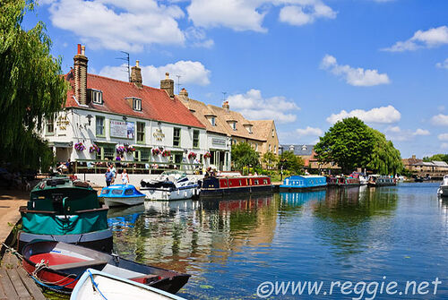 090624-135118-0178-boats-cutter-inn-river-ouse-ely-cambs-600