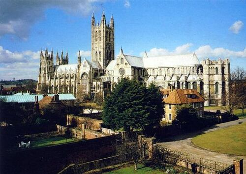 Canterbury-cathedral-b