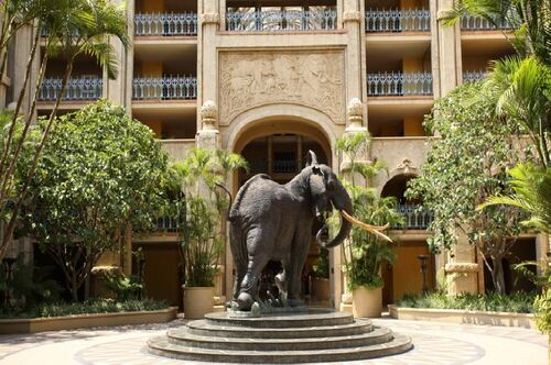 Palace-of-the-lost-city-elephant