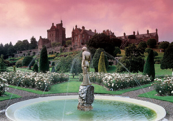 Beautiful Drummond Castle
