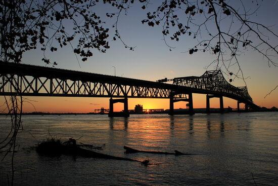 Mississippi-River-Bridge-at-Baton-Rouge