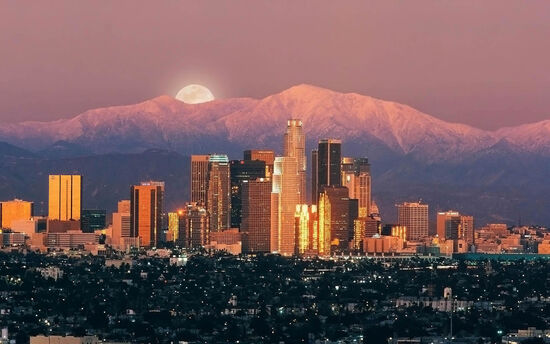 Los-angeles-moon